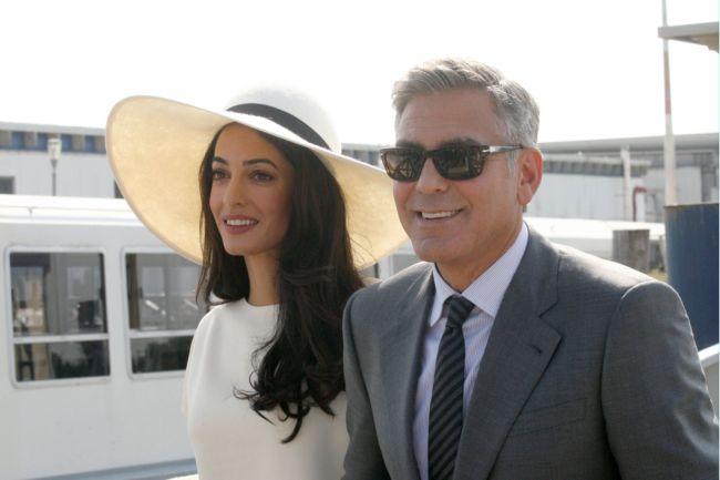 Романтический уикенд: Джордж и Амаль Клуни отдыхают в Италии