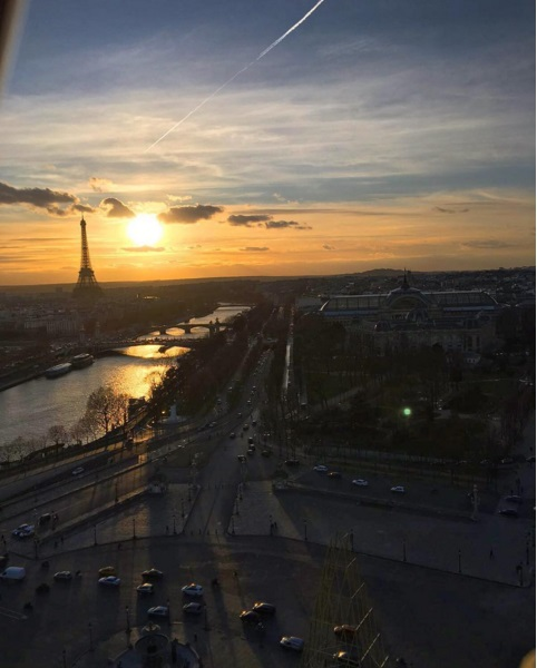 Романтический уикенд: Брэдли Купер и Ирина Шейк гуляют по Парижу