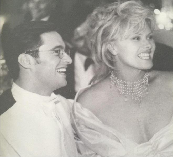 20 лет назад: Хью Джекман показал раритетное свадебное фото с супругой