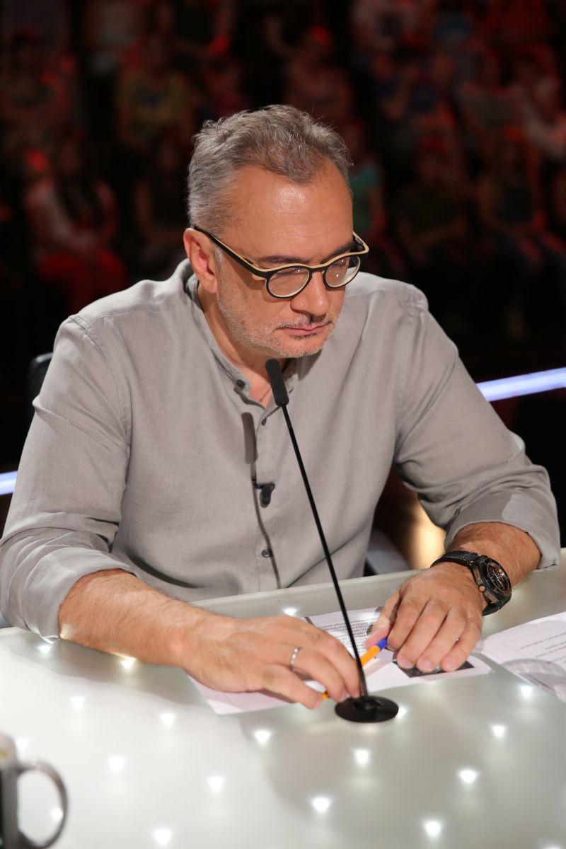 """Судья 7 сезона """"Х-фактор"""" Антон Савлепов рассказал о своих комплексах"""