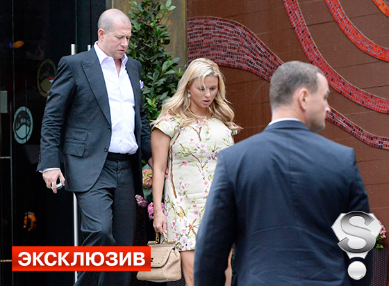 Анна Семенович закрутила роман с московским банкиром