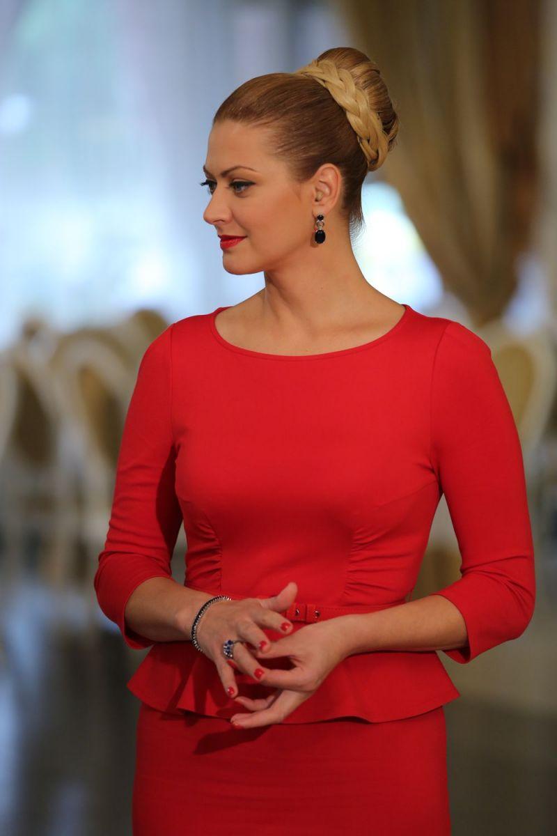 14 лучших платьев судьи шоу МастерШеф 6 Татьяны Литвиновой