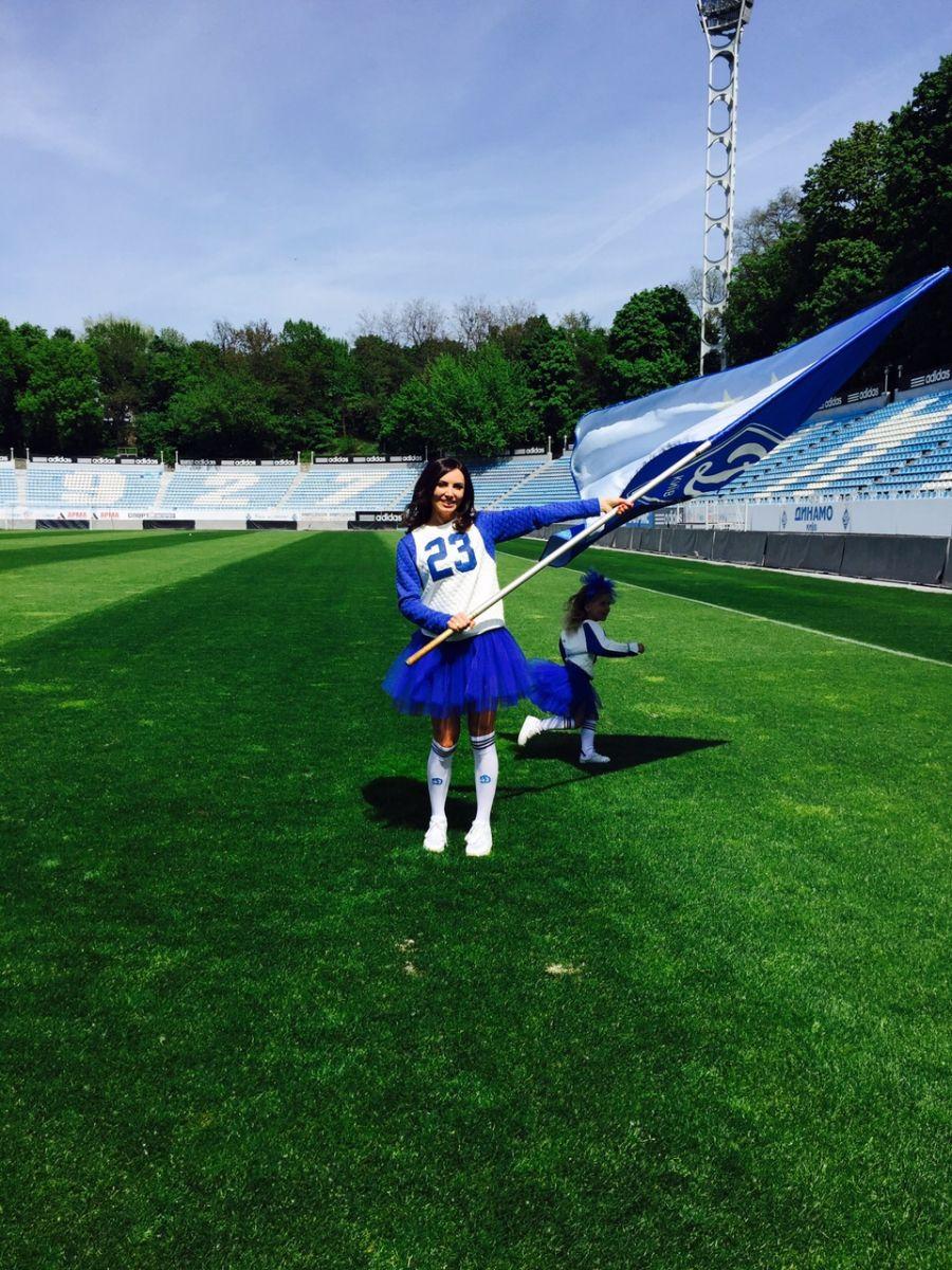 Фото жен футболистов украина