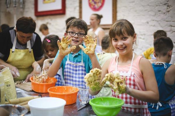 Даша Малахова и ее кулинарная детская школа