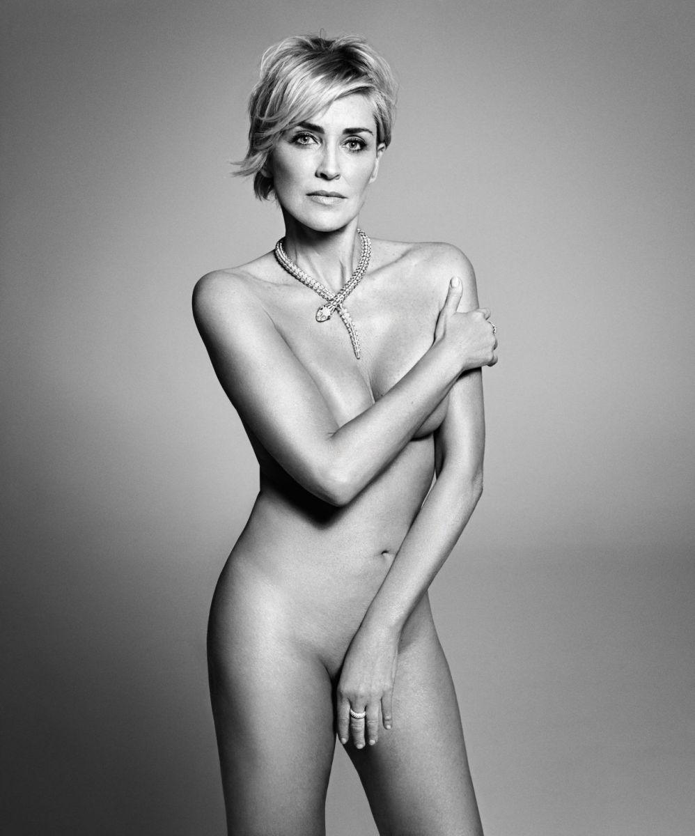 57-летняя Шэрон Стоун полностью обнажилась для Harper's Bazaar