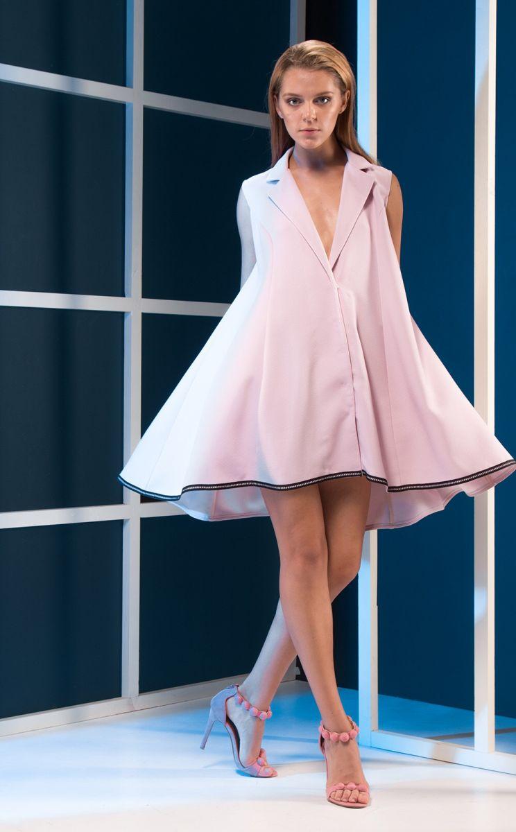 Американская звезда надела платье от украинского дизайнера