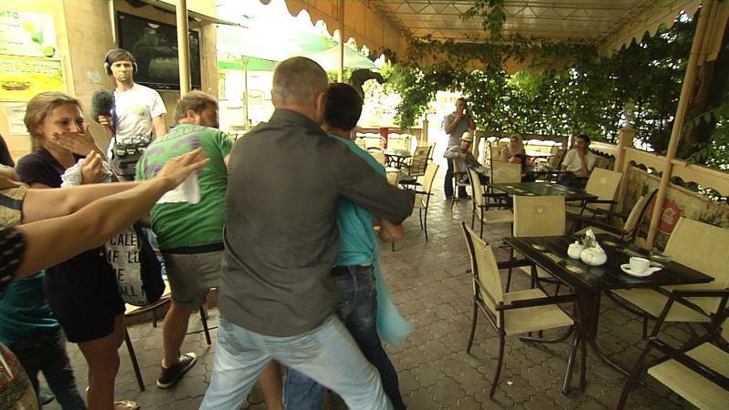 На Ольгу Фреймут и ее съемочную группу было совершено нападение