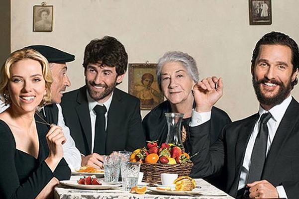 Итальянская семья: Скарлетт Йоханссон и Мэтью Макконахи снялись в рекламе парфюма
