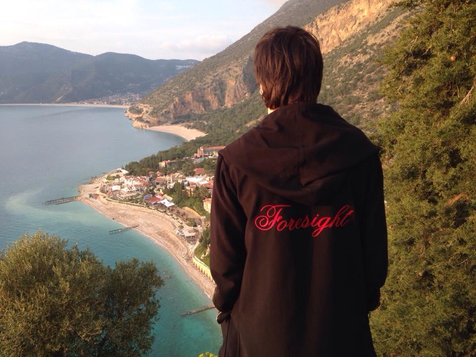 Александр Лещенко отмечает 26-летие в Турции