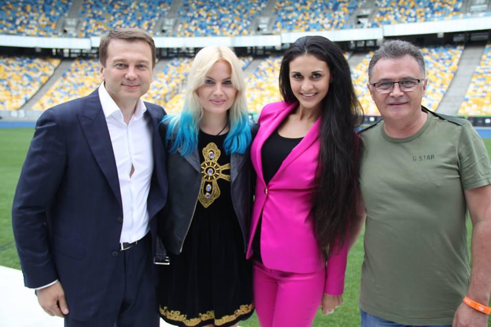 Холостяк Константин Евтушенко женился