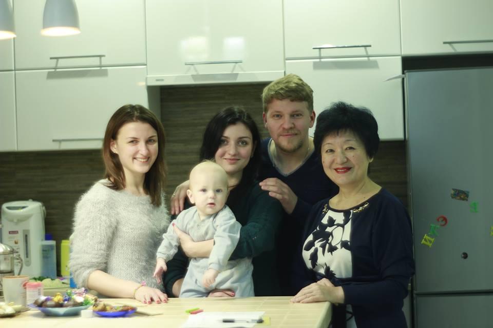 Победитель шоу Голос країни-5 отметил новоселье в квартире, подаренной Тиной Кароль