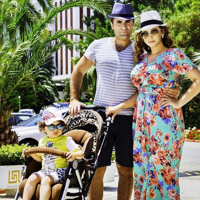 Анфиса Чехова опубликовала потрясающее семейной фото