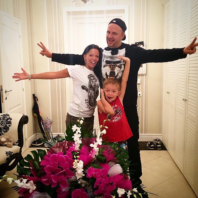 Потап и его семья - жена Ирина Горовая и сын Андрей