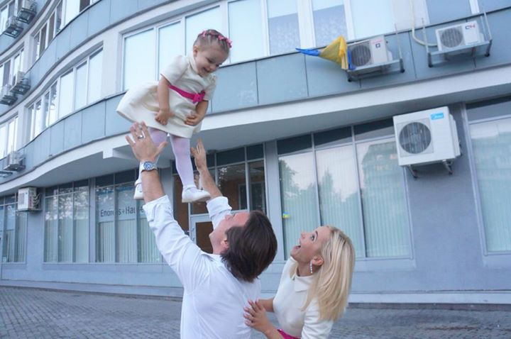 Лилия Ребрик с мужем и дочерью Дианой
