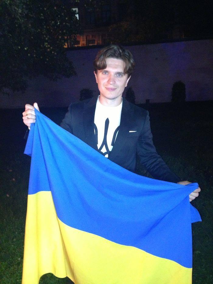 Флешмоб #VivaУкраїна: звезды поздравляют журнал Viva! с днем рождения