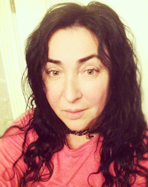 52-летняя Лолита Милявская показала лицо без макияжа