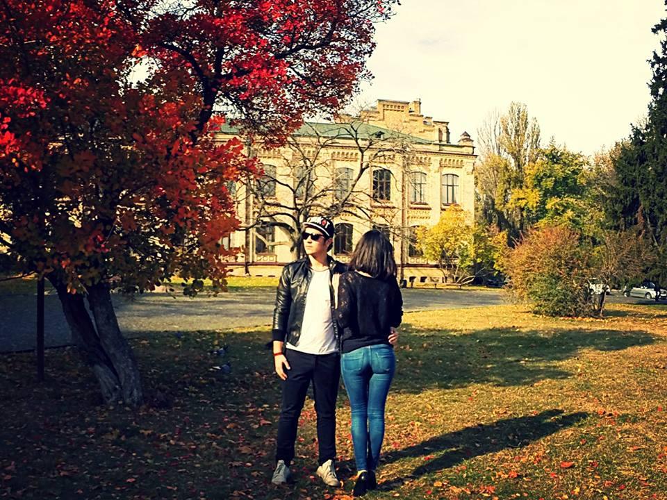 Артем Мех и его девушка