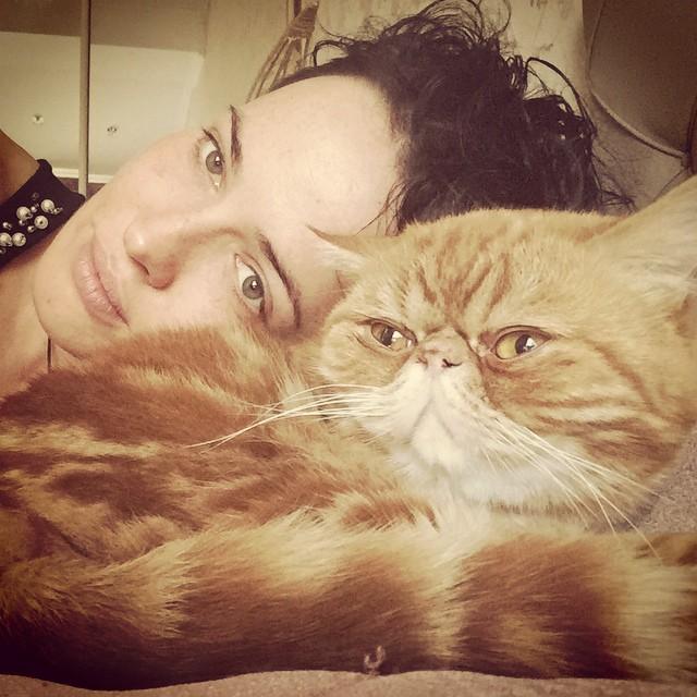 Даша Астафьева показала, с кем живет