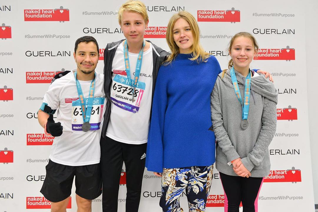 Наталья Водянова поведала, почему посадила детей надиету