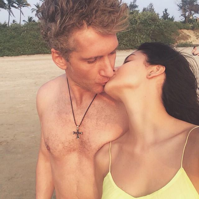 Свадьбы не будет: Равшана Куркова рассталась со своим возлюбленным
