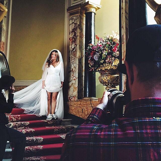 Жанна Бадоева надела платье невесты