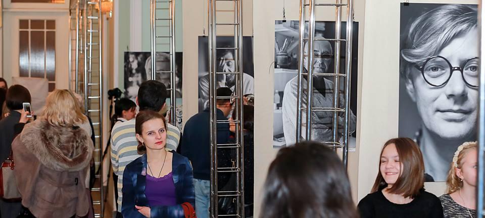 выставка Елены Божко