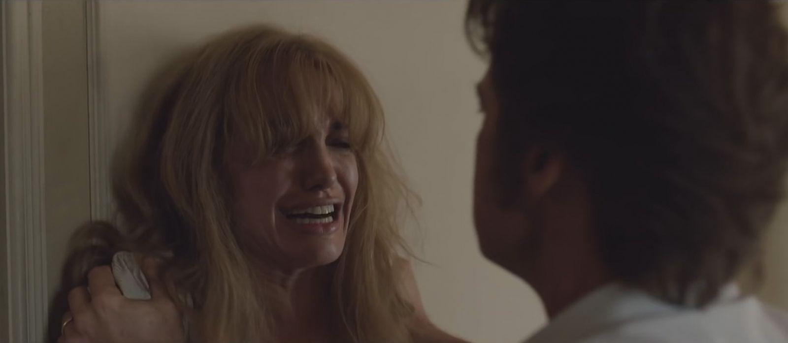 Анджелина Джоли и Брэд Питт демонстрируют чувства в новом эмоциональном трейлере