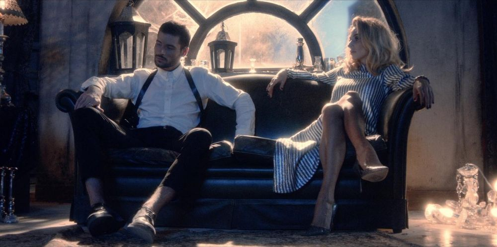 Loboda в клипе К черту любовь