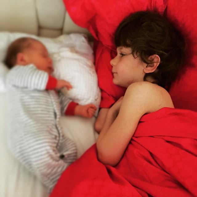 Андрей и Юлия Воронины впервые показали новорожденного сына