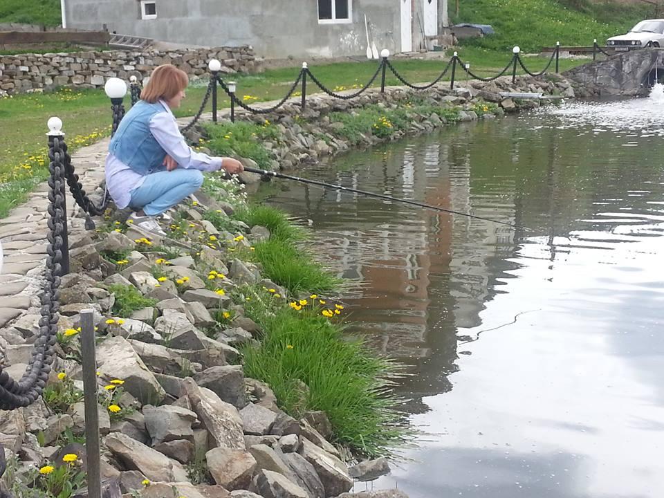 Сергей Притула покатал свою маму на квадроцикле