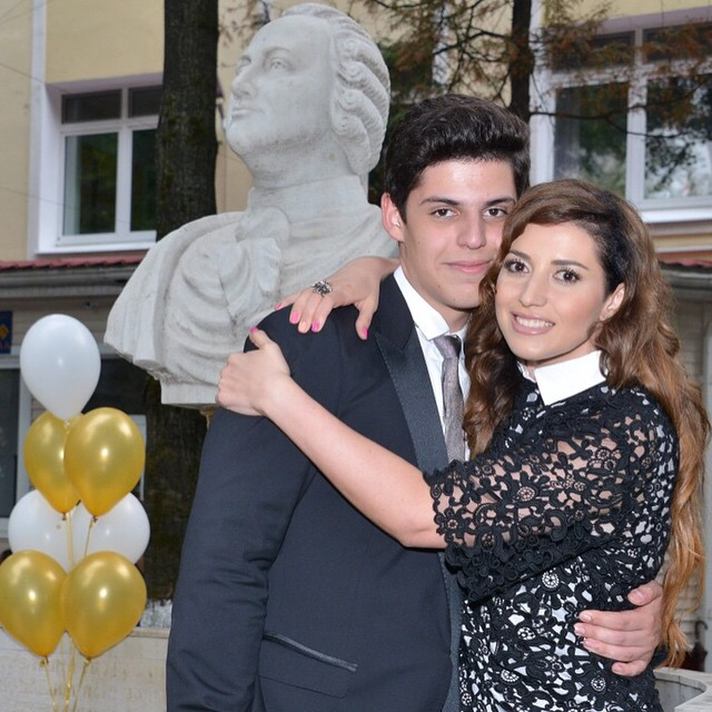 Жасмин и ее старший сын Михаил