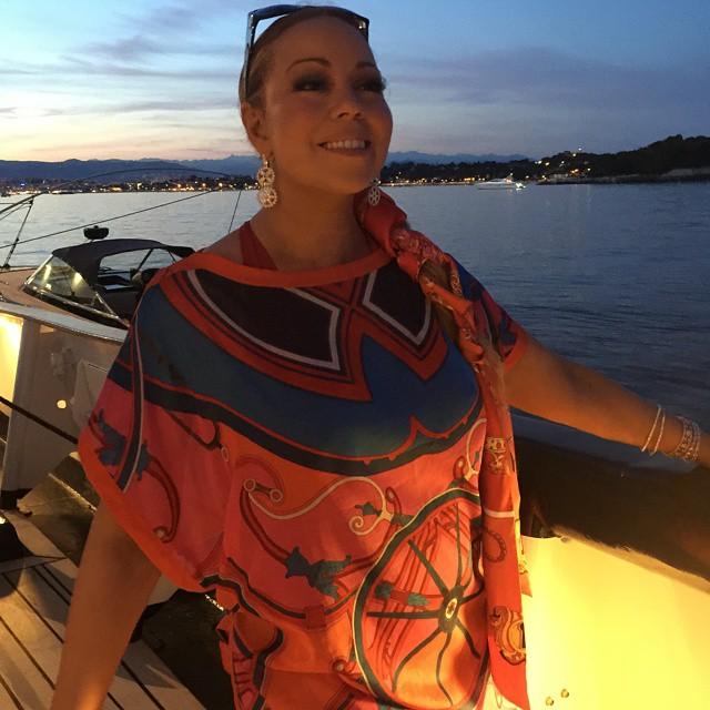 Мэрайя Кери с новым любовником и детьми отдыхает на яхте
