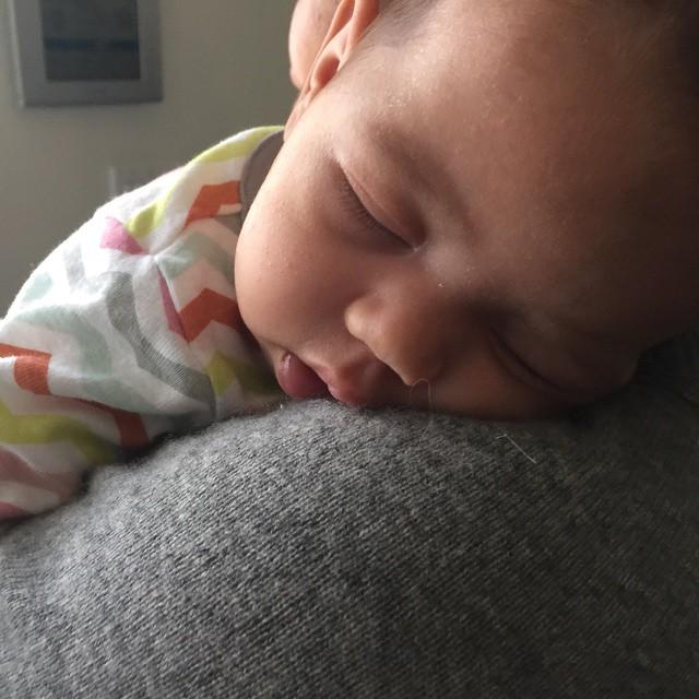 Нежный папа: Вин Дизель поделился фото с 2-месячной дочкой