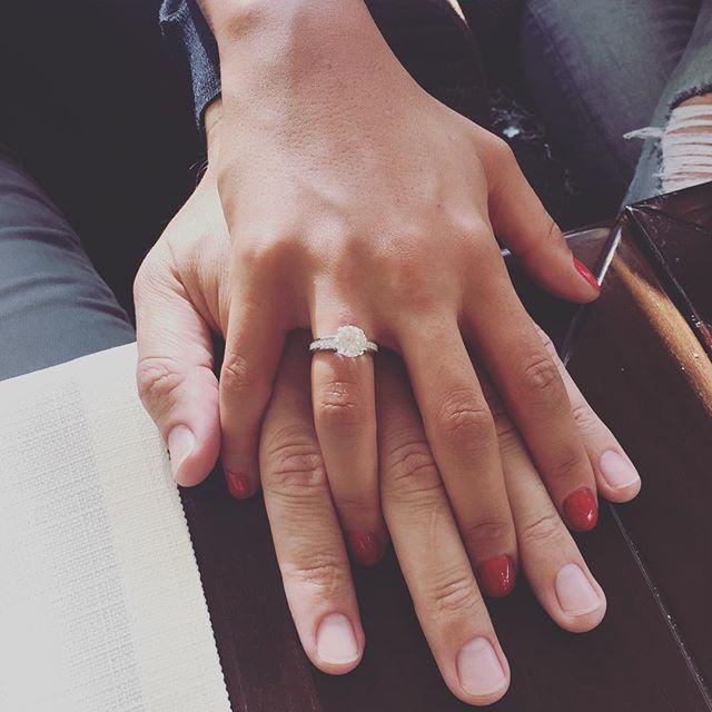 Санта Димопулос прокомментировала свою свадьбу