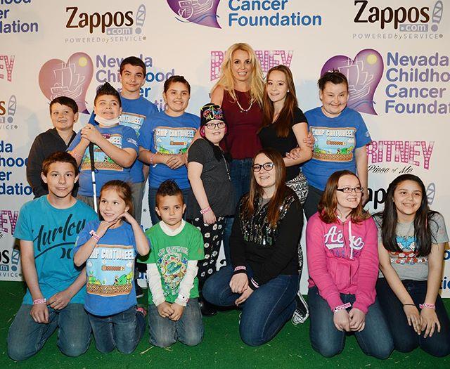 Доброе сердце: Бритни Спирс всерьез занялась благотворительностью