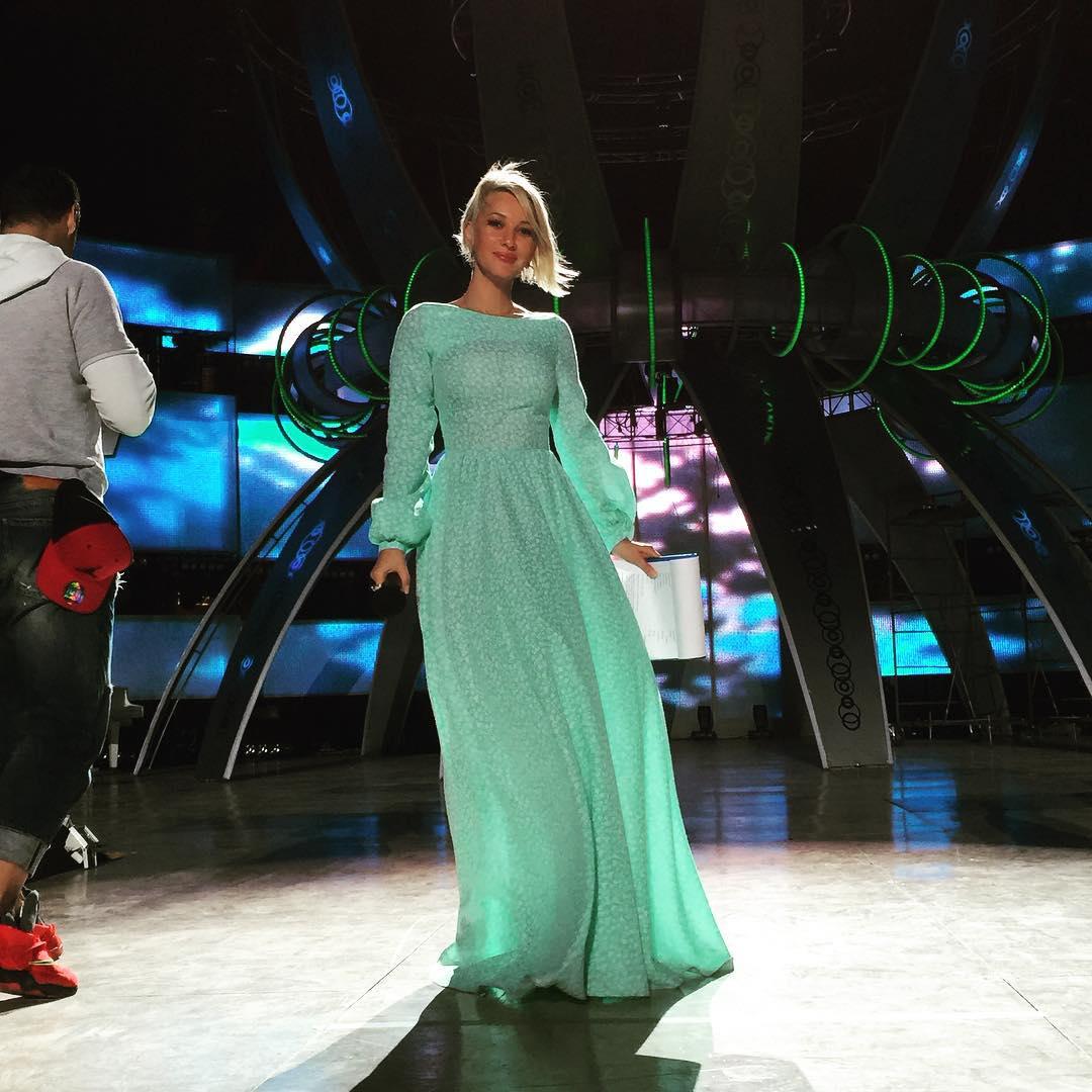 Лера Кудрявцева приехала в Крым на Детскую Новую волну