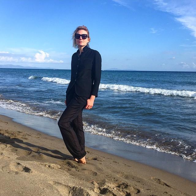 Рената Литвинова на отдыхе