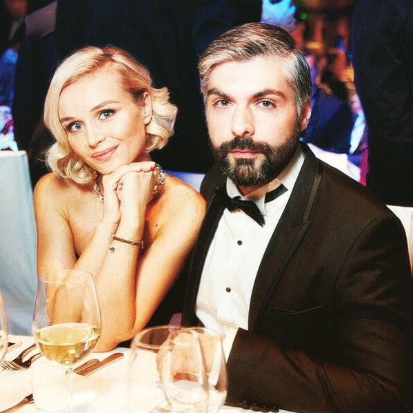 Полина Гагарина отпраздновала год супружеской жизни