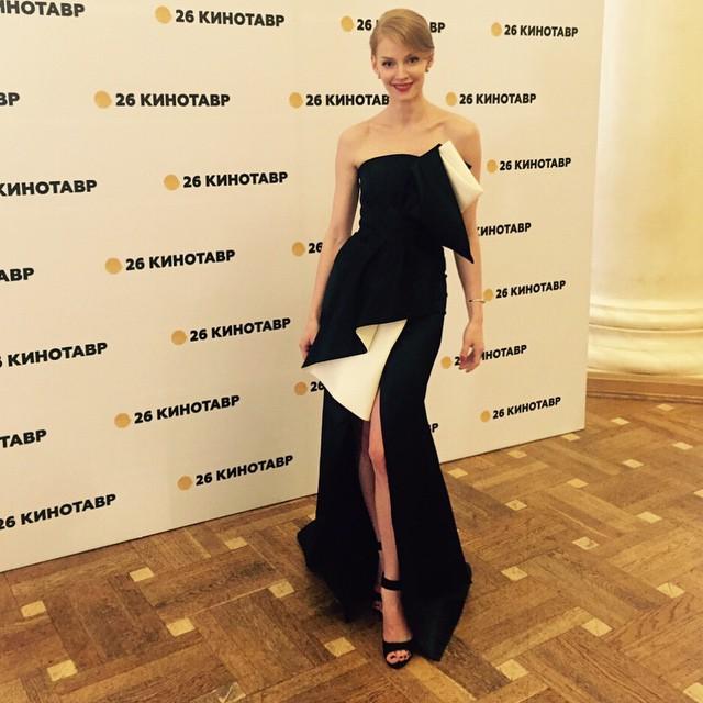 Жених Светланы Ходченковой раскритиковал ее внешний вид