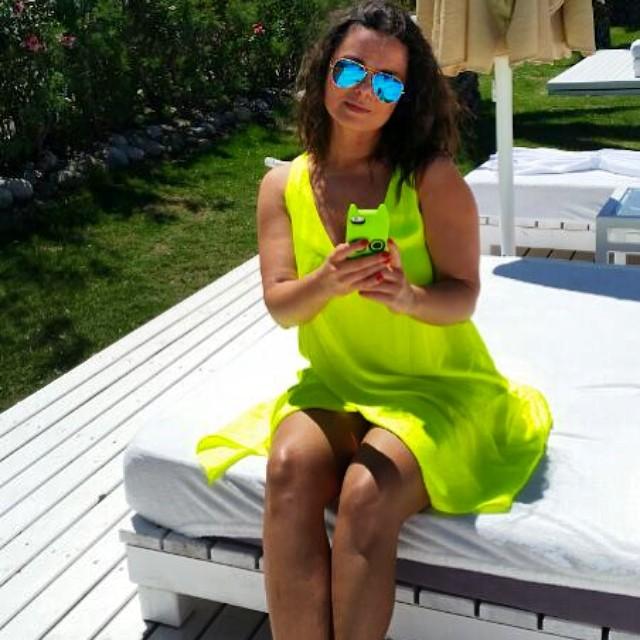 Наташа Королева на пляже