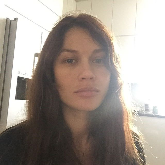 35-летняя Ольга Куриленко без макияжа