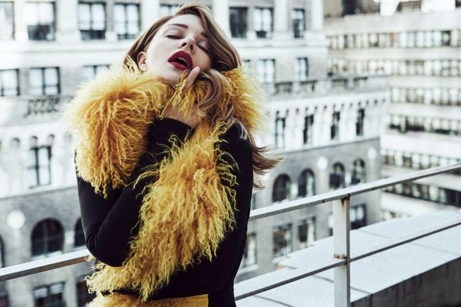 Тина Кароль снялась в новой fashion-фотосессии