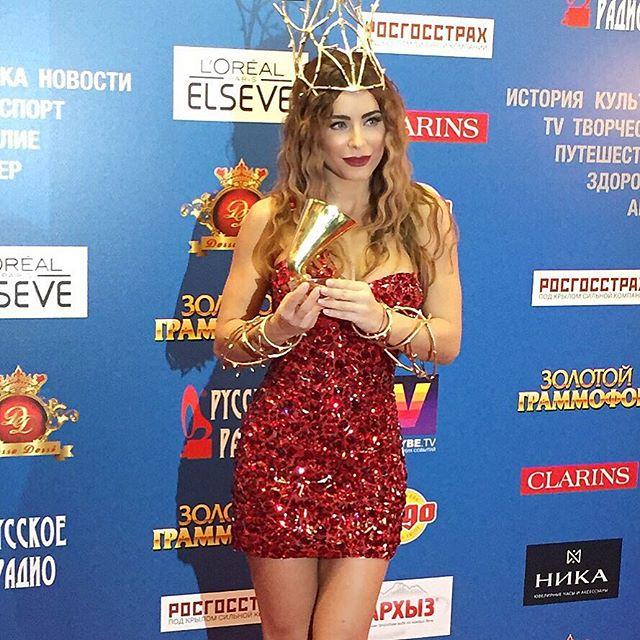 Ани Лорак получила Золотой граммофон-2015 (Фото)