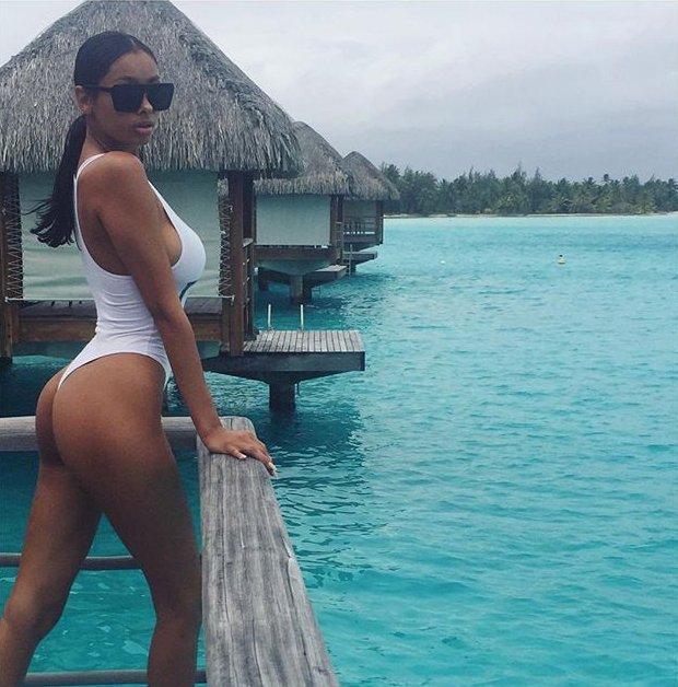 Осторожно, горячо: в сеть попали сексуальные фото девушки Джастина Бибера