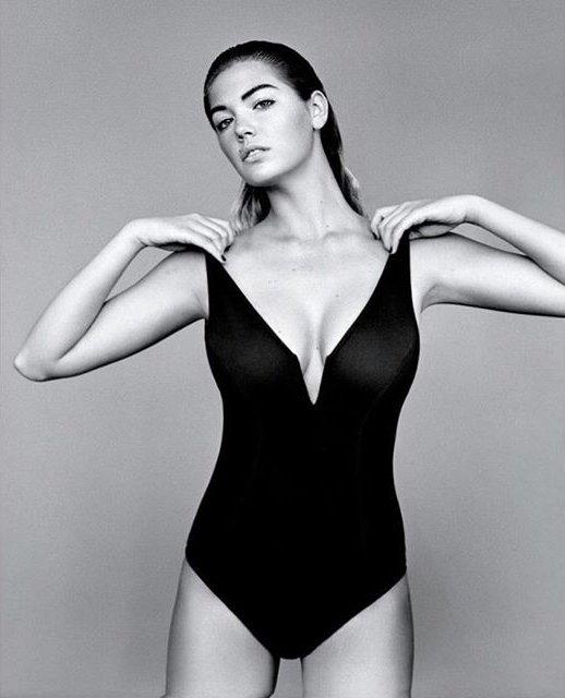Сдержанно и стильно: соблазнительная Кейт Аптон блистает в роскошной черно-белой фотосессии