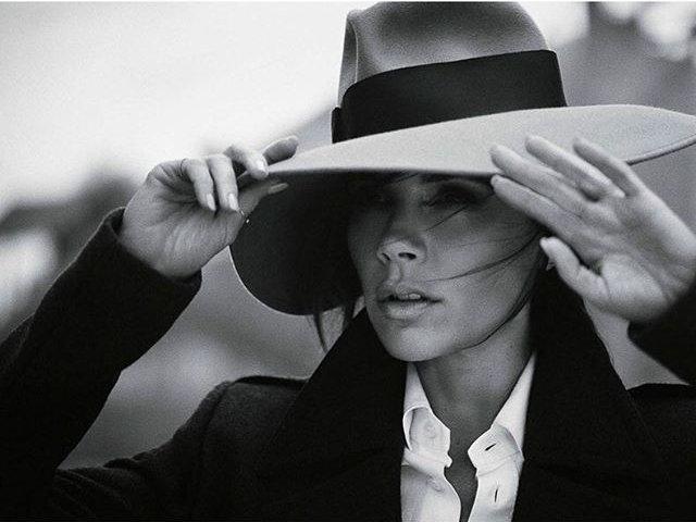 Роскошная Виктория Бекхэм блистает на обложке Vogue
