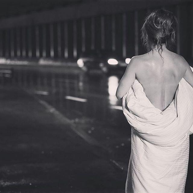 Ани Лорак полностью разделать для нового клипа