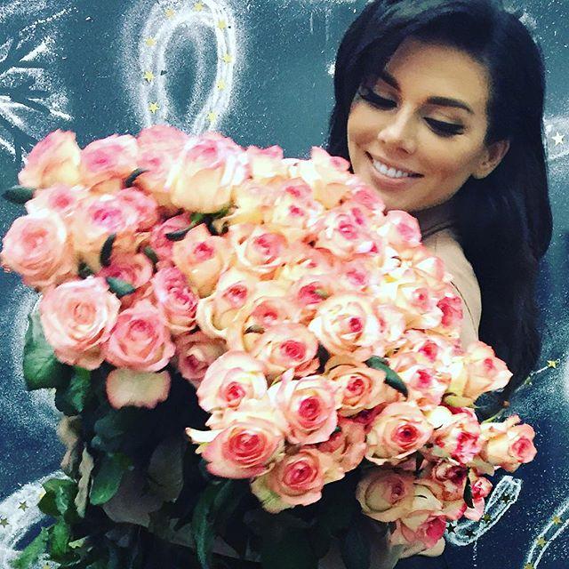 Анна Седокова опубликовала трогательное фото со своим возлюбленным