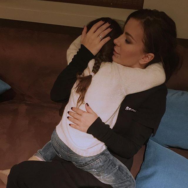 Ани Лорак показала, как танцует ее маленькая дочь