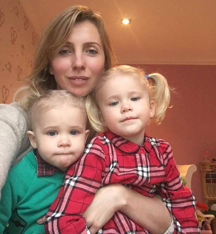 Светлана Бондарчук с внуками